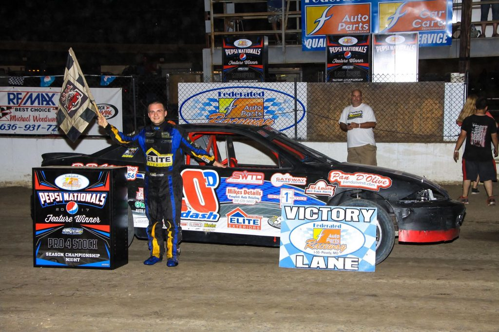 Test Drive Technologies Sponsors The #20 Pro-4 And #20 Dirt Modified Of Drew Dudash Of Afton, Missouri