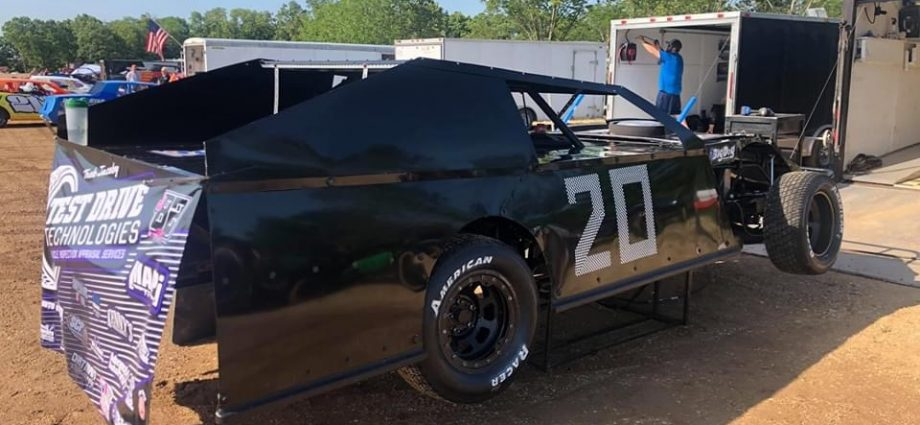 Treb Jacoby J82 (20) Takes 2nd At Lake Of Ozarks Speedway