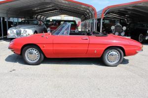 1967 Alfa Romeo Duetto - AK664115 - Classic Car Inspection - Fenton, Mo 031