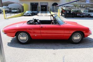 1967 Alfa Romeo Duetto - AK664115 - Classic Car Inspection - Fenton, Mo 035