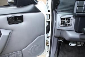 1993 Ford Mustang Saleen - 1FACP41E9PF110505 - Collector Car Inspection 085